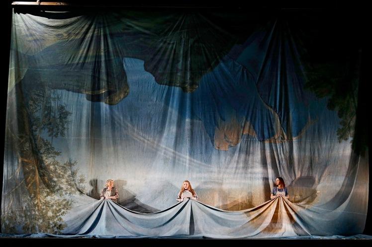 opera-australias-melbourne-ring-cycle-2016-photo-jeff-busby_4041-1